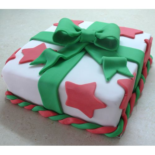 What better Christmas present that a cake!