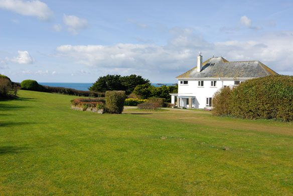 The Peak -  A Cornish, self catering beach holiday house to rent at #ConstantineBay, just a short drive from #Padstow #Cornwall