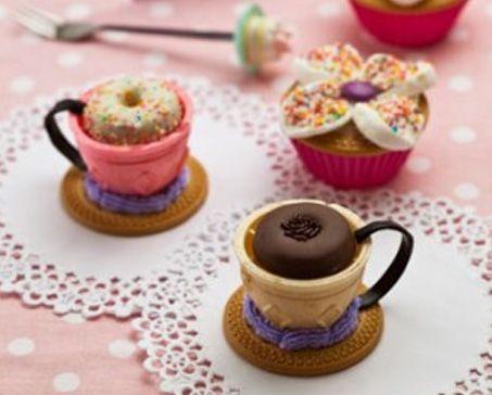 TEA TIME SURPRISES – Bakers
