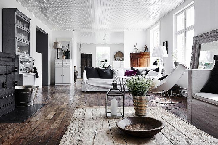 Love this floor colour.
