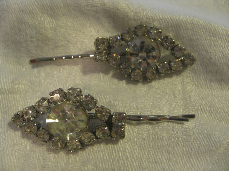 Vintage faux diamond hair pins. To buy: Bride to Be Consignment