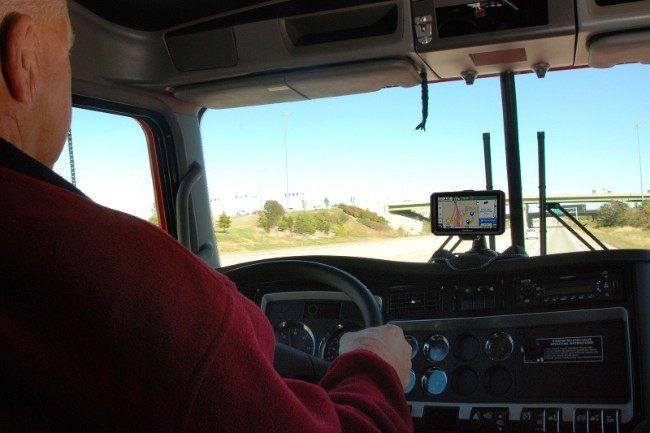 10 Best Gps Devices With Bluetooth Trucks Cdl Garmin
