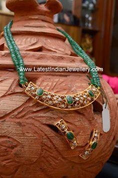 Emerald Beads gold Pendant Set