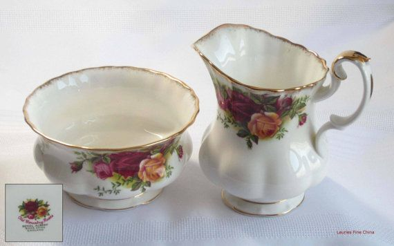 Royal Albert OLD COUNTRY ROSES Full Size Creamer and Open Sugar Bowl