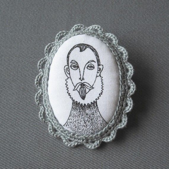 """Spanish Gentleman"" Super cute fabric brooches by Birlbis, in Argentina. Hand silk-screened and crocheted. Etsy."