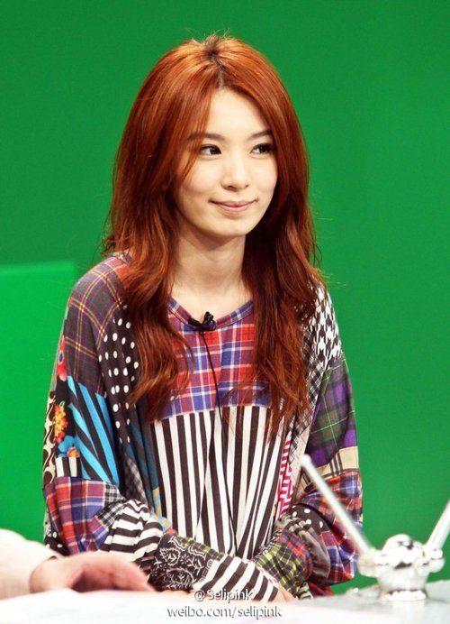 Hebe Tien / Tian Fu Zhen 田馥甄 - love her loose, flowy patterned blouse
