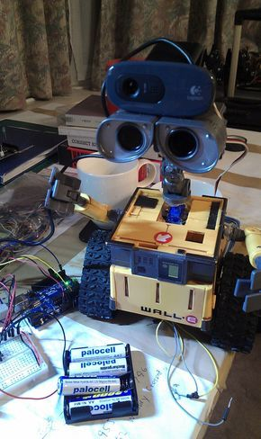 wall e robot, build your own robot, arduino, DIY, voice recognition, object recognition