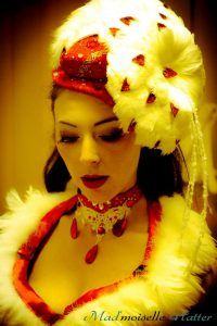 Chapeau noël burlesque  Model: Ruby Colibri