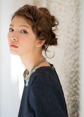 ねじねじシニヨン♡夏の両家顔合わせ・結納におすすめの髪型♡