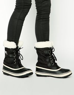 Sorel Winter Carnival Sherpa Snow Cuff Black Boots