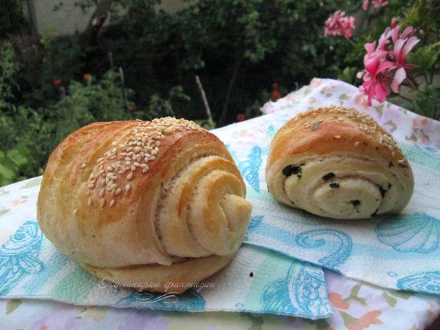 Хлебчета с босилек/ Small buns with basil