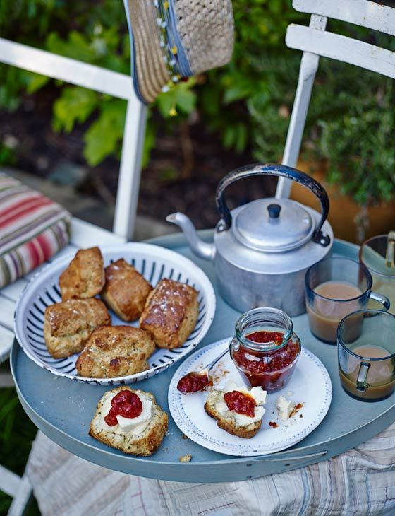 Wensleydale cheese and double mustard scones - Sainsbury's Magazine