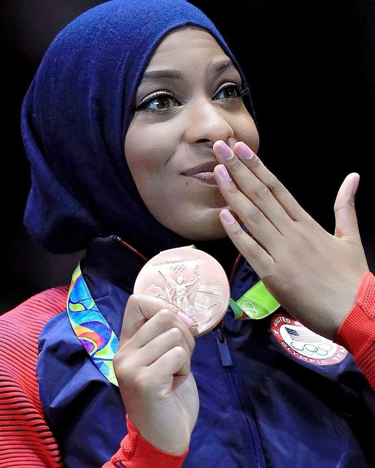 We are majorly impressed by #Olympian Ibtihaj Muhammad. She was a member of the 2016 Olympics Fencing Team U.S.A. (which earned bronze in Team Sabre) and is ranked seventh in the world in sabre. #wcw