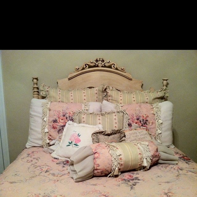 Victorian Bedroom Decorating: 184 Best Victorian Beds Images On Pinterest