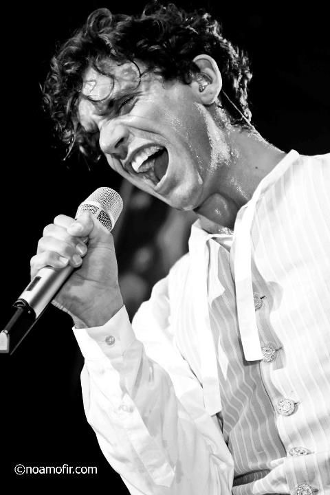 I don't care who you are.. You gotta love MIka.