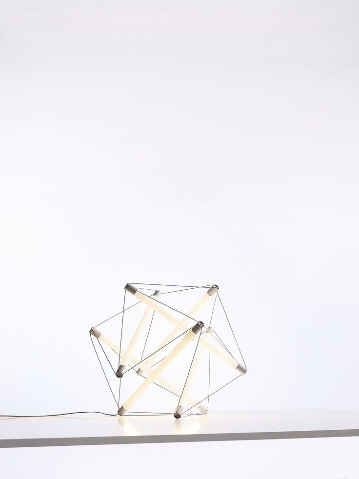 http://www.ingo-maurer.com/de/produkte/light-structure
