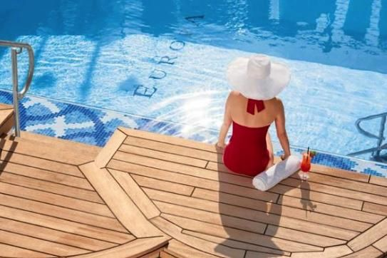 Are you a lover of luxury cruising ... but can't decide which ship or cruise line to choose? Perhaps this Top Ten list will help!    https://mondotravel.co.nz/blog/119    #travel #mondotravelnz #cruise #cruising #cruiseline #cruiseship #boat #ship #vessel #seabourn #sevenseas #mariner #mseuropa #gaugin #paulgaugin #ssantoinette #silverseas #serenity #uniworld #scenic #seadream #sail #sailing #voyage