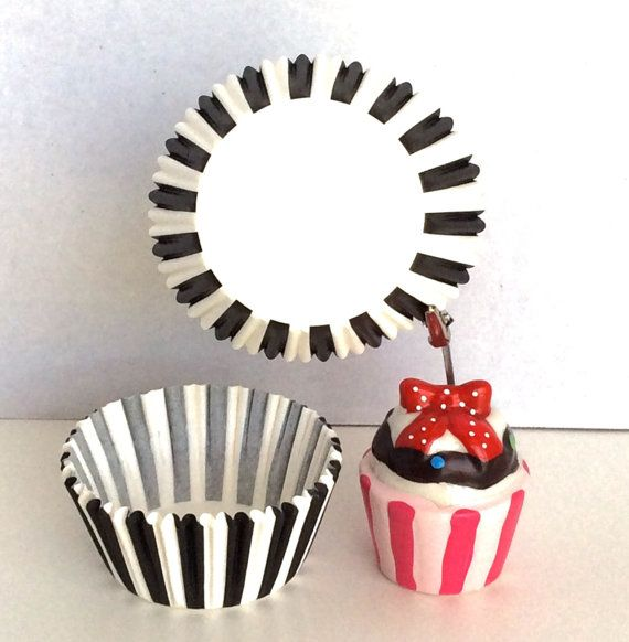 Black & White Cupcake Liners Papers 50 pc Baking Cups by TrulyTina