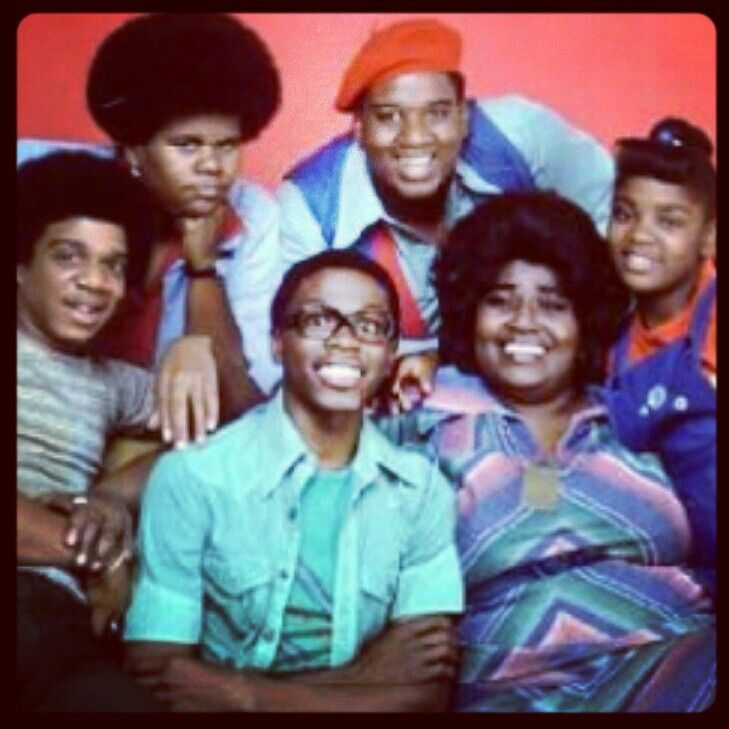 """1976: """"What's Happening!!"""" Ernest Thomas, Mabel King, Danielle Spencer, Fred Berry, Shirley Hemphill, Haywood Nelson. The show debut on, 8 / 5 / 1976 on ABC and ended on 4 / 28 / 1979, but prove so popular in """"Reruns"""" that they brought the show back 6 years later, now titled """"What's Happening Now!! that ran from 1985 to 1988 and helped launch the career of Superstar Comedian / actor, Martin Lawrence."""