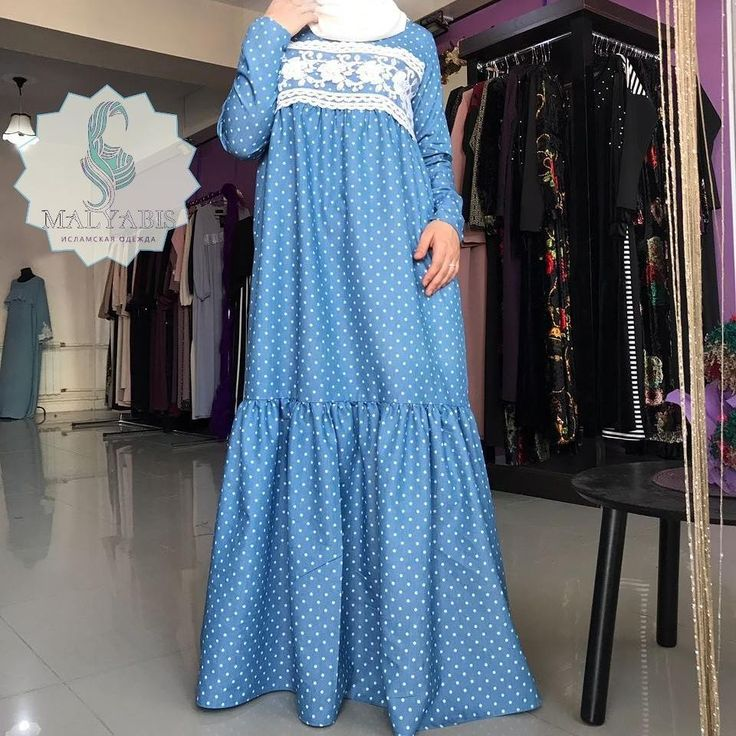 Готовимся к осени, но и не хочется отпускать лето😋 У нас в магазине можно приобрести платье из тонкого джинса вот с таким красивым кружевом 😊 Рукава на замочках Цена платья Цена 3700₽ Качество👌