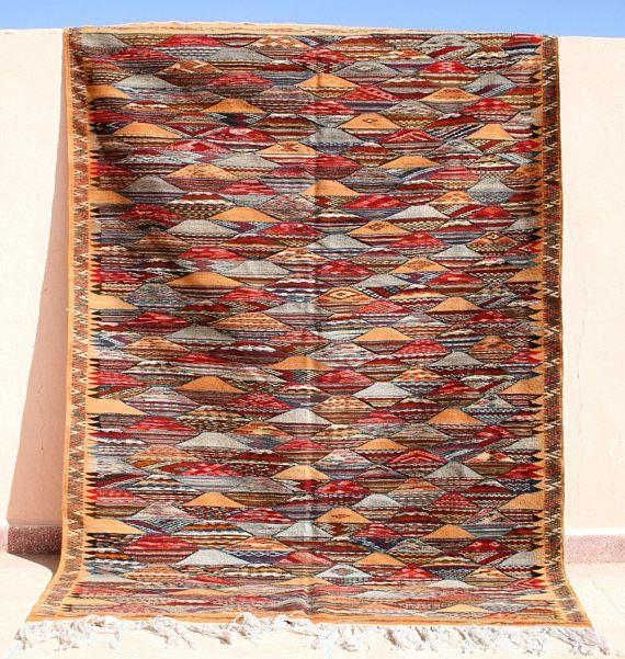Geometrischer Kelim Teppich, Kelimteppich 160x220, Kilim, Handgewebter Teppich Marokko, Flachgewebe, Rauten Muster, Teppich Beige Rot Blau