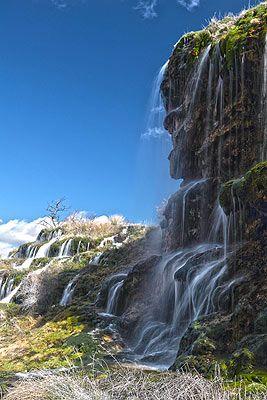Cascadas cerca de Tragacete  Cuenca, Spain.