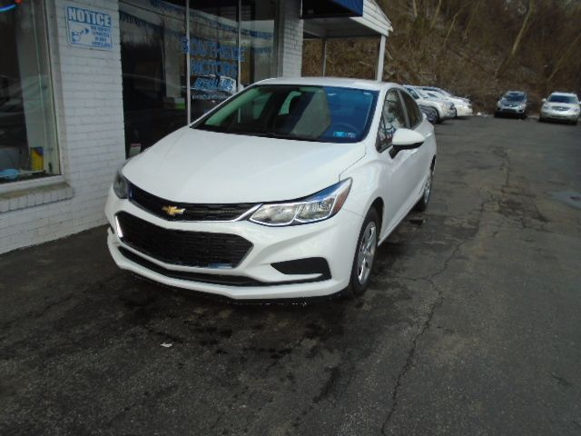2016 Chevrolet Cruze Ls Stick Shift With Bluetooth And Back Up Cam In 2020 Car Finance Used Cars Cruze
