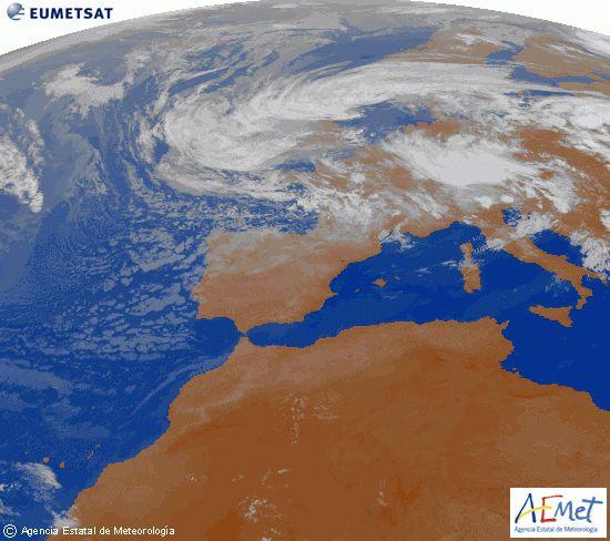 El tiempo del jueves: Siguen bajando las temperaturas, incluso con nieve a partir de los 1800 en el norte y Pirineos. Precipitaciones fuertes en el norte.