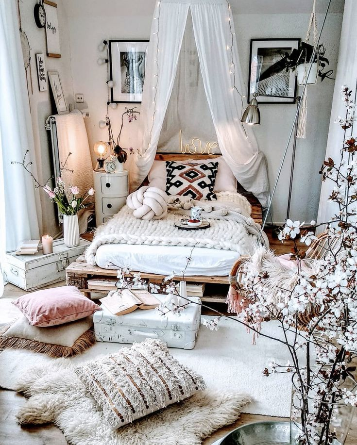 Our Favorite Boho Bedrooms (and How to Achieve the Look