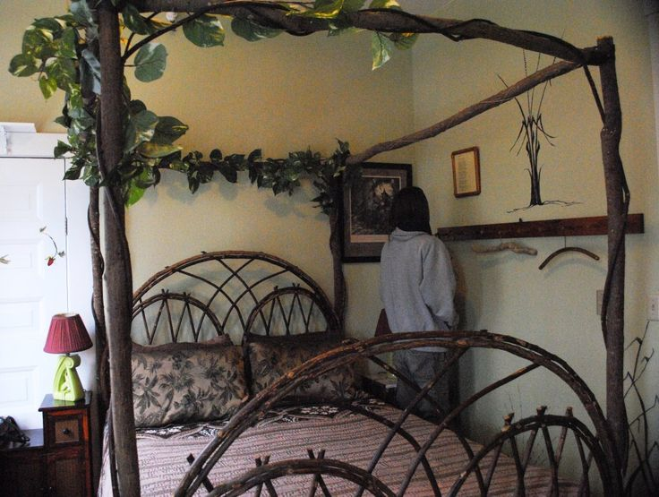 19 best images about lord of the rings themed bedroom on pinterest lotr bedroom makeovers and. Black Bedroom Furniture Sets. Home Design Ideas