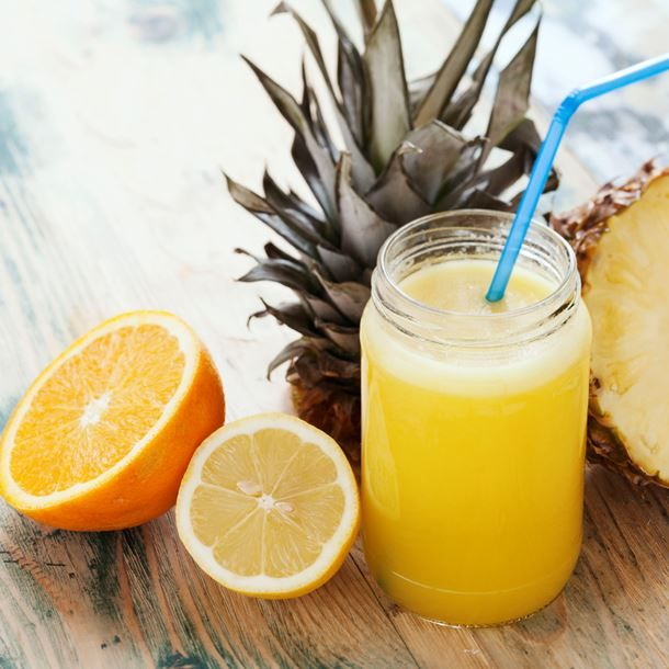 Jus vitaminé ananas, orange et citron