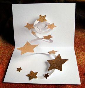 handgefertigte Pop-Up Karte Sternenhimmel. Diese handgefertigte Pop-Up Karte wurde aus geprägtem Goldkarton ...