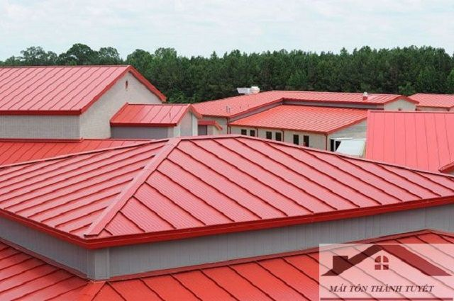 Get Complete Premier Roofing Installation Replacement And Maintenance Services With Thanh Tuyet Roofing Roofing Sheets Roof Architecture
