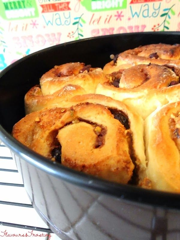 Chelsea Buns Paul Hollywood   cranberries and pistachios