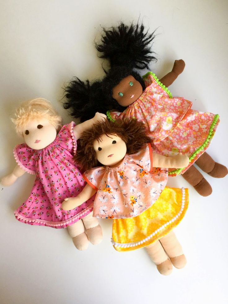 FREE DOLL DRESS PATTERN Free Sewing Pattern for Doll's Angel Sleeve Dress fits Waldorf Dolls, American Girl Dolls, Our Generation Dolls, and Disney Animator's Collection dolls From Aesthetic Nest