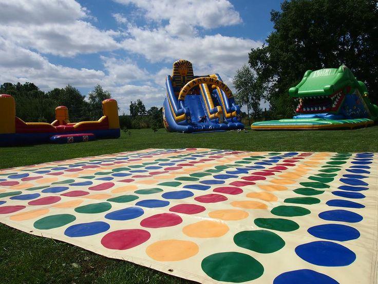 Mega Twister Kolekcja rywalizacja, urządzenia do rywalizacji na imprezy firmowe i pikniki rodzinne. Imprezy integracyjne dla dorosłych oraz dzieci.