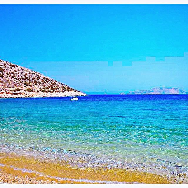 Relaxing time by the #Beach #Cyclades #Folegandros #summer #Greece Photo credits: @ivy.25