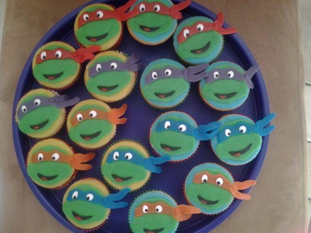 Heerlijke cupcakes om te trakteren. www.taarten010.nl