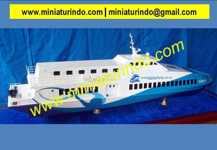 Warship Model, Ship Model Parts, Antique Ships, Model Ship Building, Ship Model Plans, Model Boat, Military Modelling, Scale Model Yachts, Building Models, Scale Model Ships