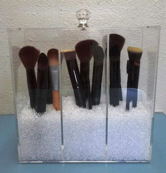 clear acrylic makeup brush holder 3 compartment with crystal knob lid