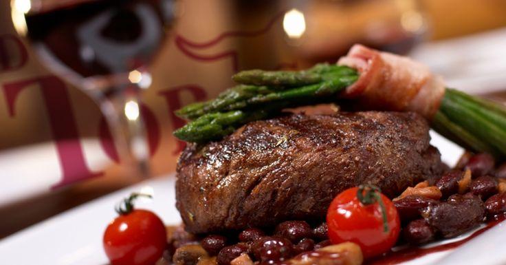 Hoy Cena Romántica y de Gala! Con Exquisitos Cortes Dos Toros  #carne#carneasada #asador #food #cdmx #complementos #meat #parrilladas  http://dostoros.com.mx/productos
