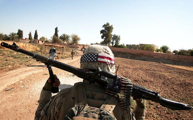 Warrior Wednesday: A U.S. Marine machine gunner from Lima Company ...