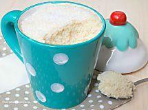 Torta al microonde in tazza | Torta pronta in soli 3 minuti!