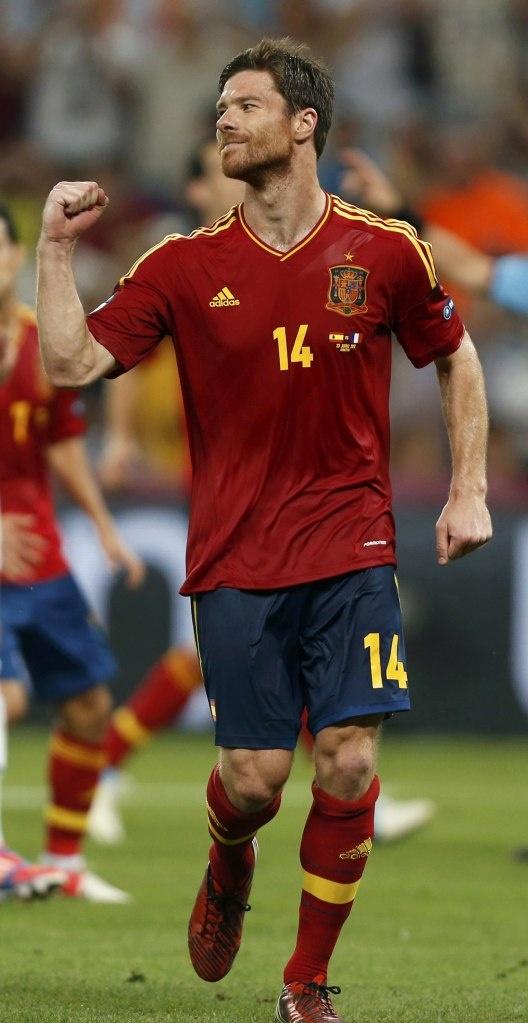 Xabi Alonso  www.kingsofsports.com
