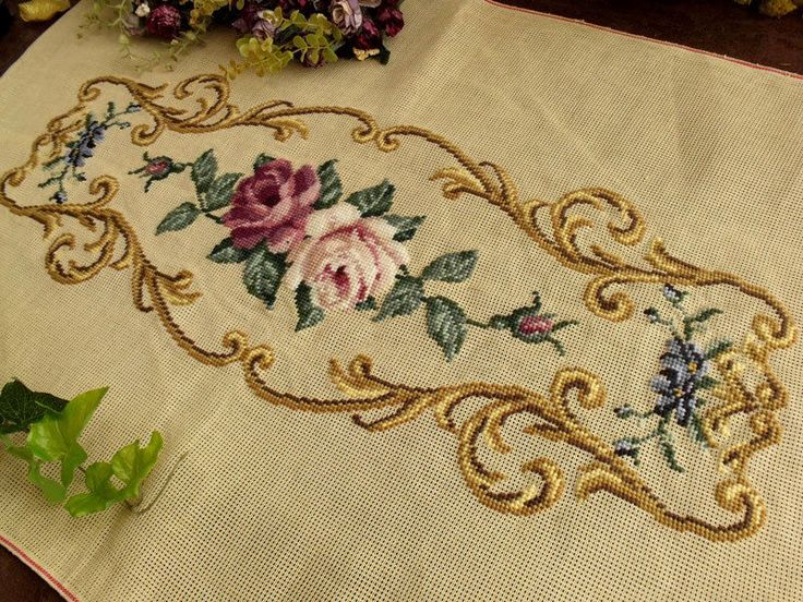 """34"""" Vintage PREWORKED Needlepoint Canvas ~White Mauve Roses Piano Bench Cover"""