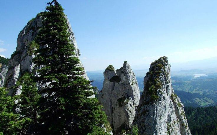 NAGY-MAGYARORSZÁG - Erdélyi tájfotók - Egyeskő (1608 méter) - Hagymás-hegység - Székelyföld (Forrás: Patrióta Európa Mozgalom, Facebook)