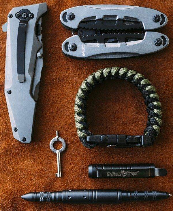 11 Must Haves For Your EDC Kit | Survival Gear Ideas For Every Preppers and Survivalist
