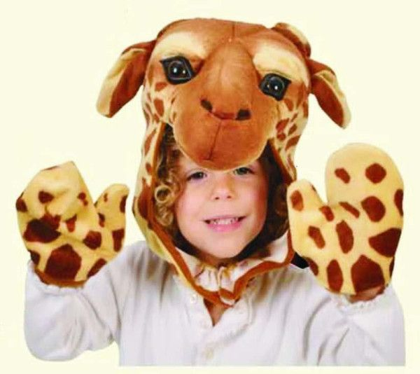 Turn your house into a zoo with this fun (and incredibly soft!) giraffe cap and mittens set! Perfect for an animal themed party. Contains: 1 cap/hat, 2 giraffe