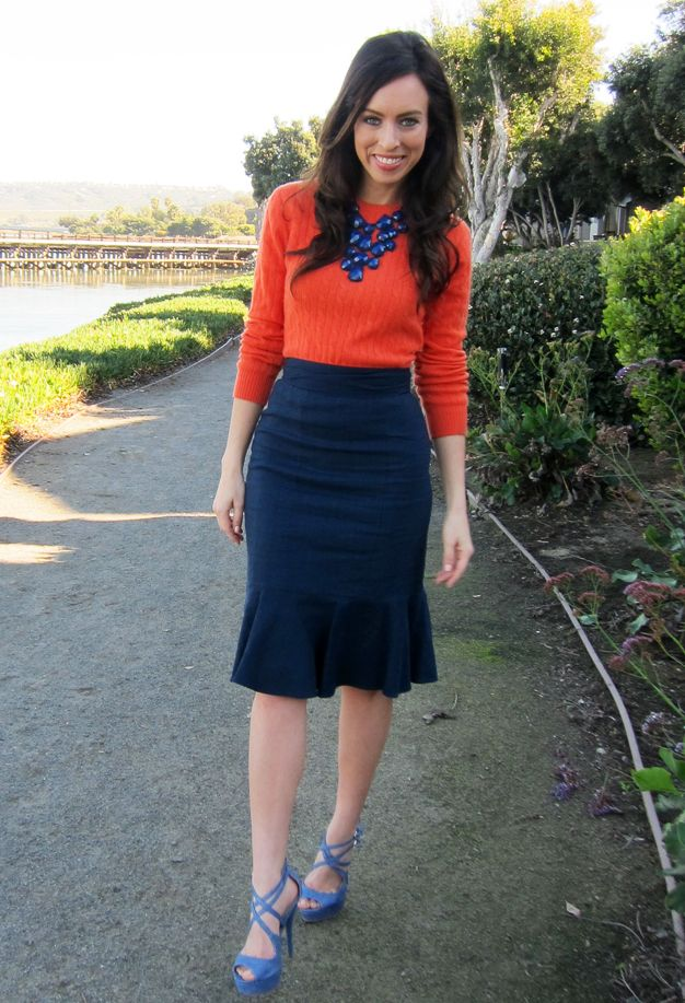 loving this orange & navy color combo....love the orange sweater with navy necklace...would love with jeans or tailored pants