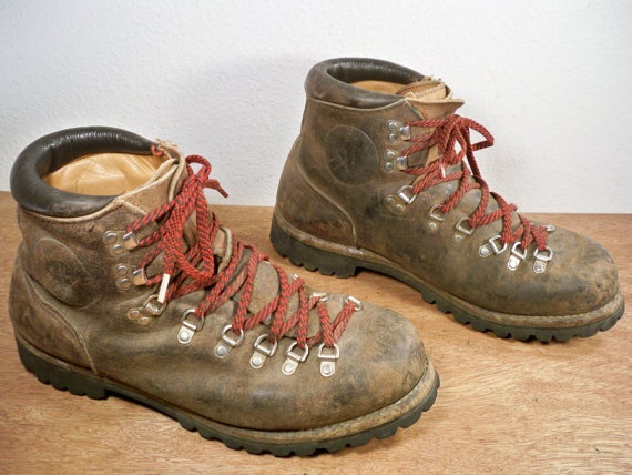 vintage vasque mountaineering hiking backpacking camping brown leather men 39 s boots made in usa. Black Bedroom Furniture Sets. Home Design Ideas